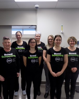Staff at Invercargill Medical Centre wearing their Bowel Screening t-shirts